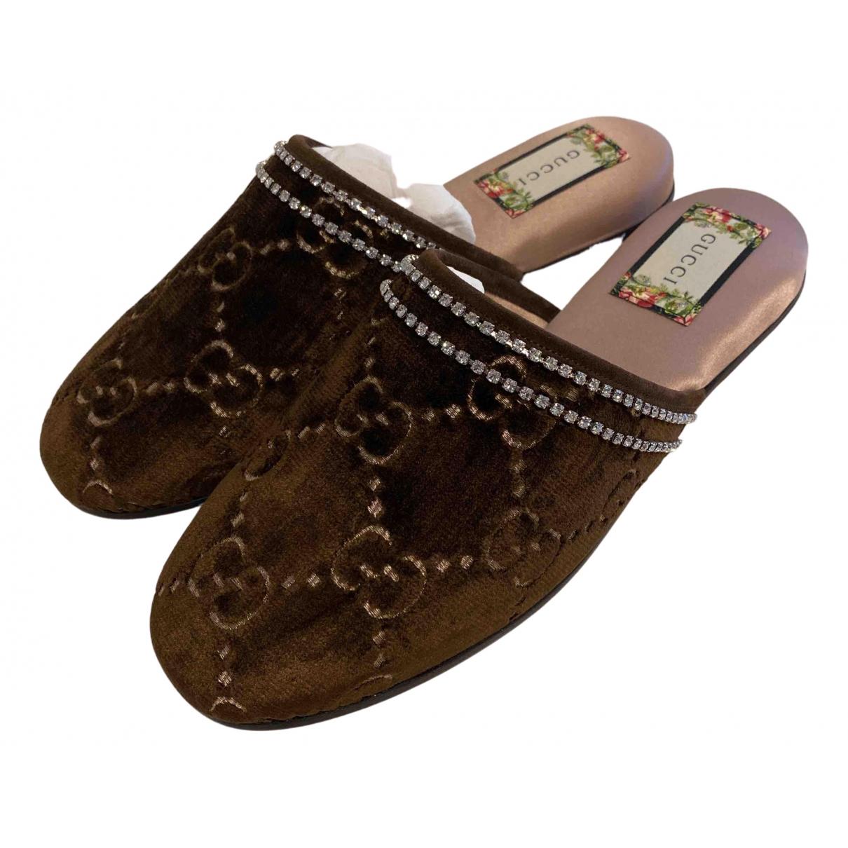 Gucci \N Brown Cloth Mules & Clogs for Women 35.5 EU