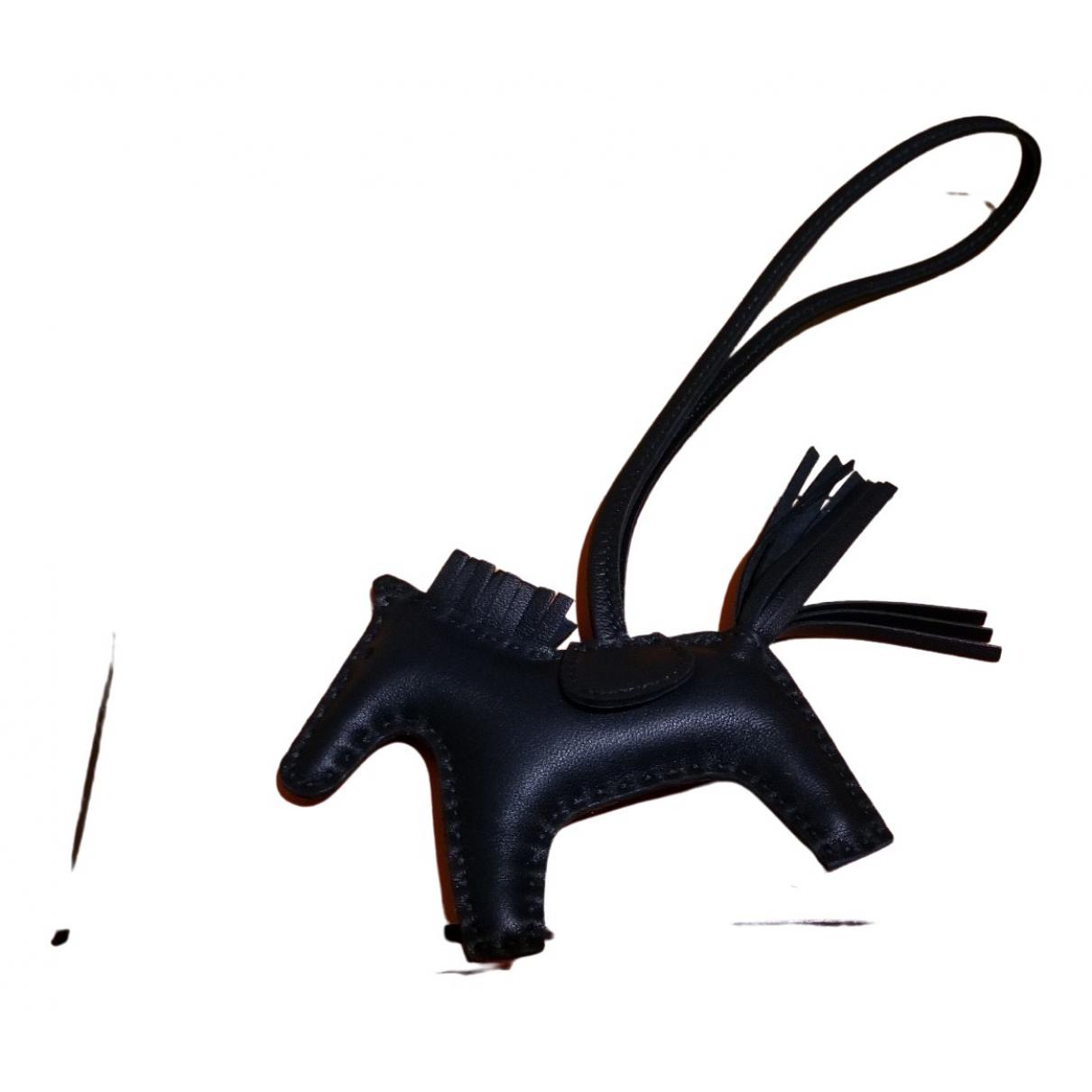 Hermes Rodeo Taschenschmuck in  Gruen Leder