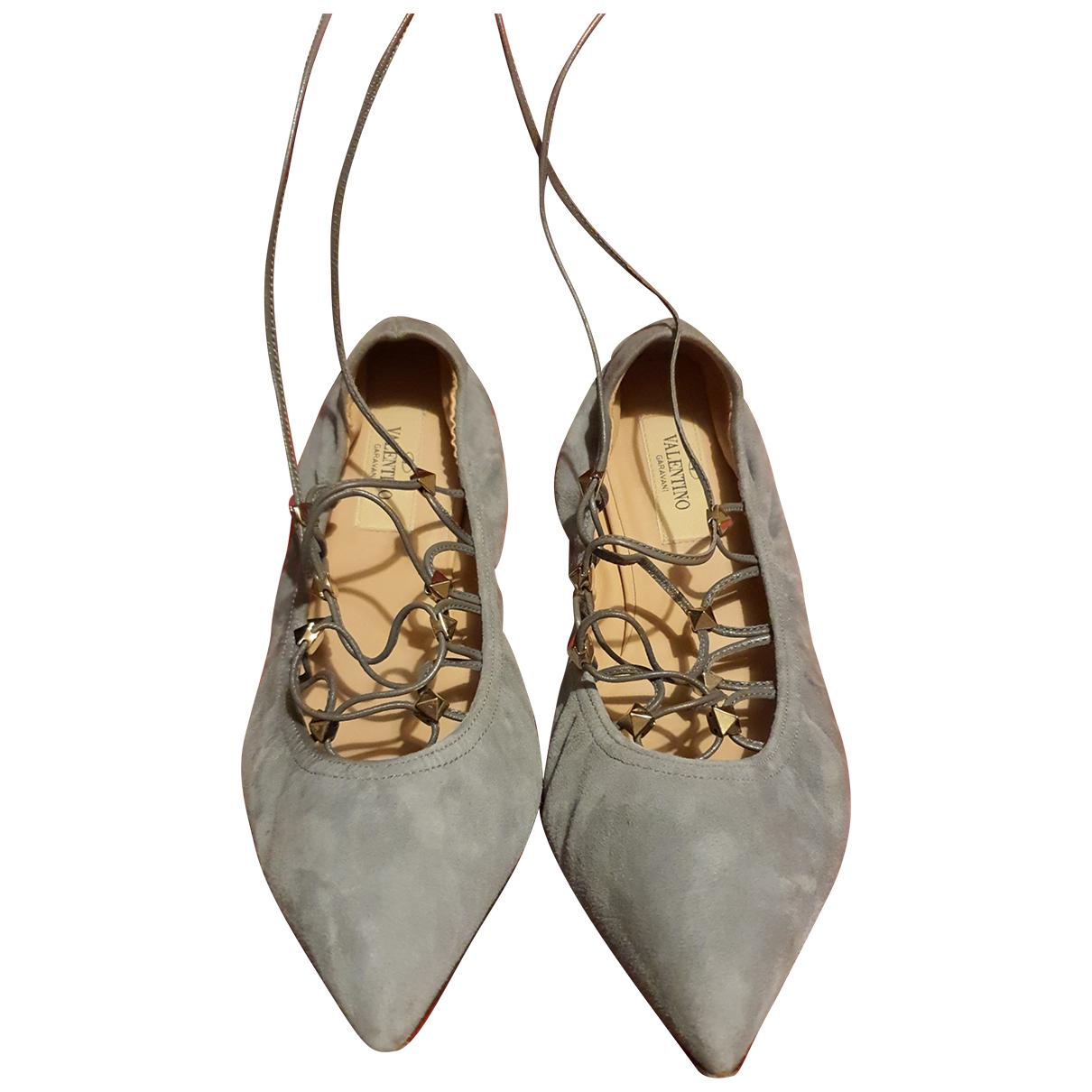 Valentino Garavani Rockstud Grey Suede Ballet flats for Women 36 EU