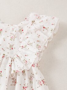 Baby Girl Ditsy Floral Print Ruffle Trim Top With Shorts