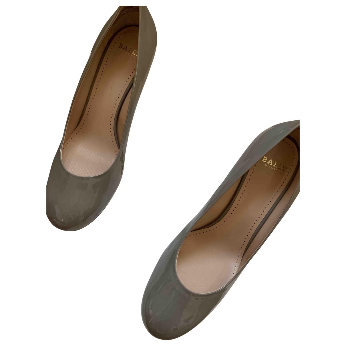 Bally - Escarpins   pour femme en cuir verni - gris