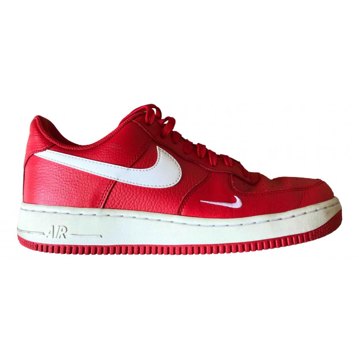 Nike - Baskets Air Force 1 pour homme en cuir - rouge