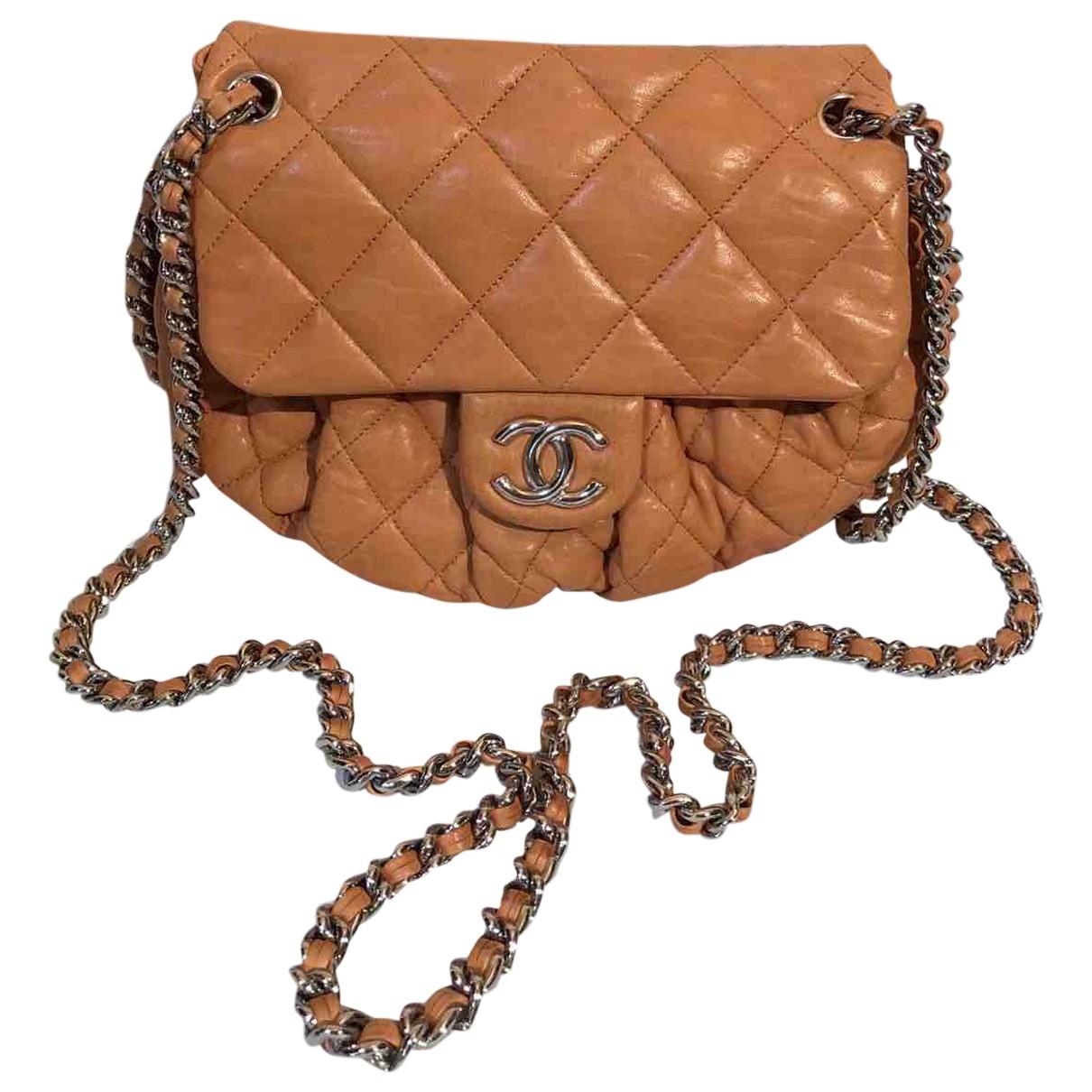 Bolso  Chain Around de Cuero Chanel