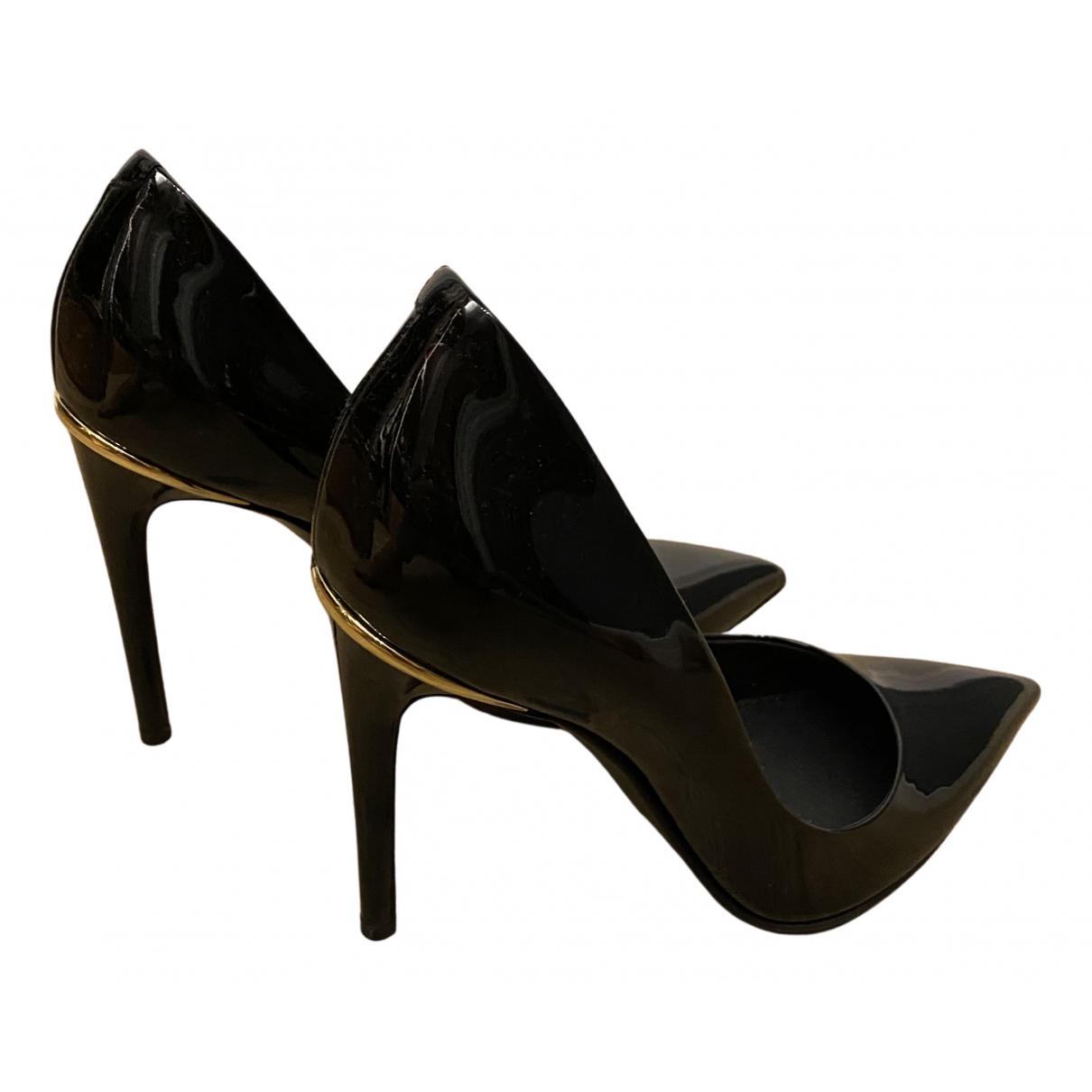 Louis Vuitton N Black Leather Heels for Women 36 EU