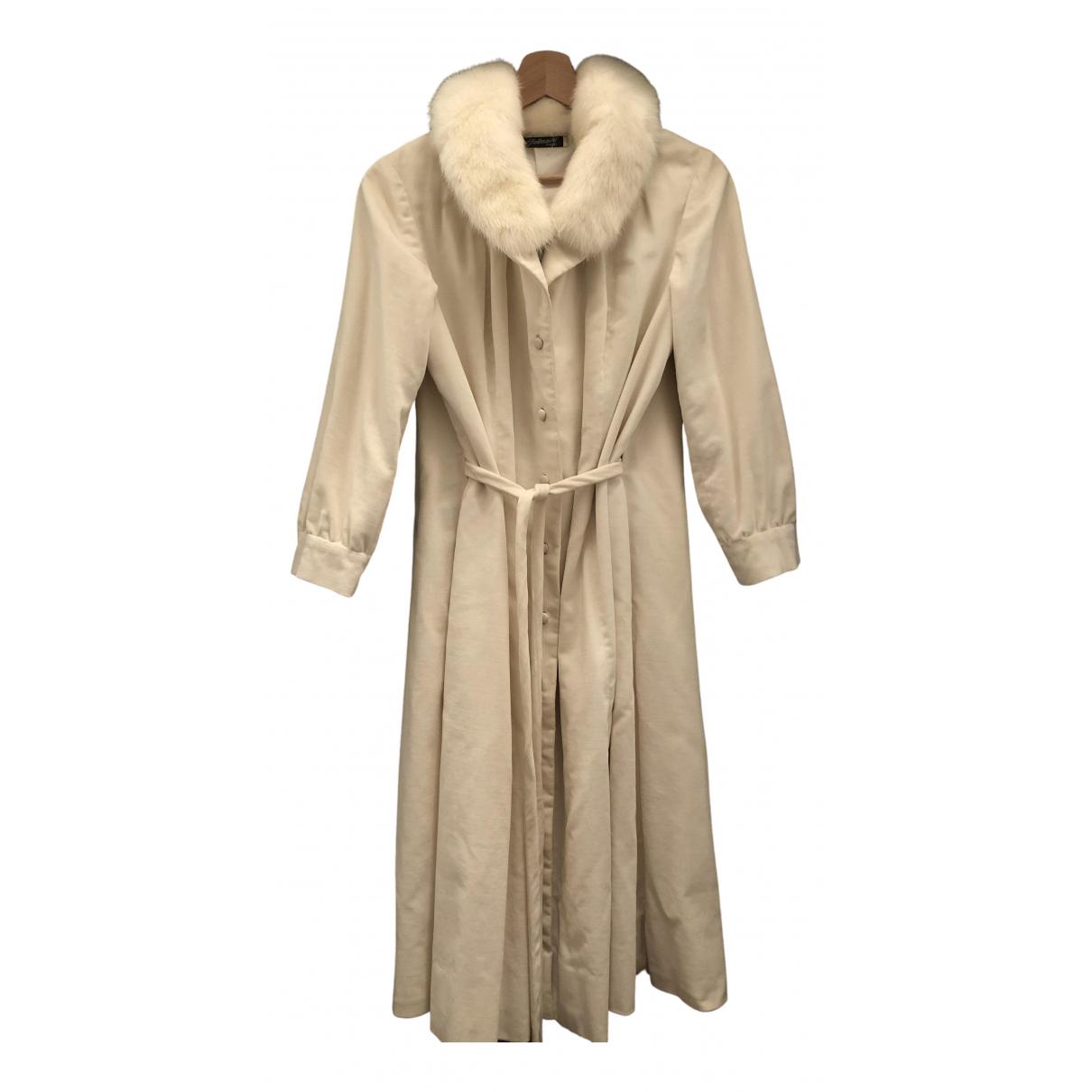Pierre Balmain \N White Velvet coat for Women 42 IT