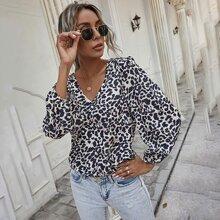 Bluse mit Gepard Muster und V Kragen