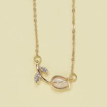 Rhinestone Flower Decor Necklace