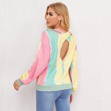 Sweatshirt mit Ausschnitt hinten und Batik