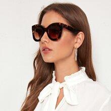 Gafas de sol de lentes tintadas con carey