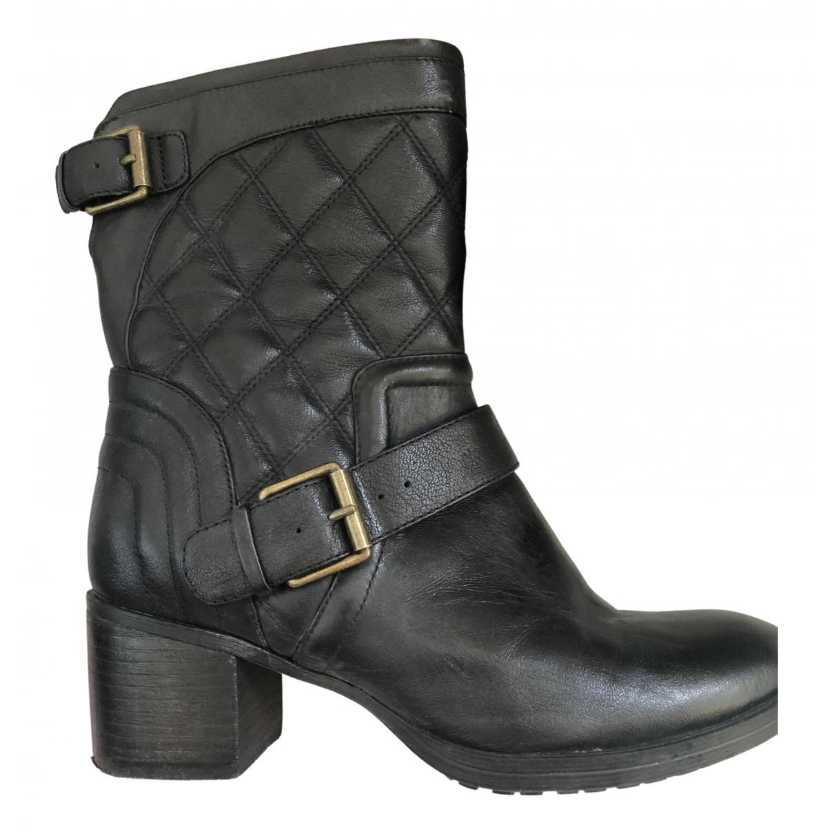Clarks \N Stiefel in  Schwarz Leder