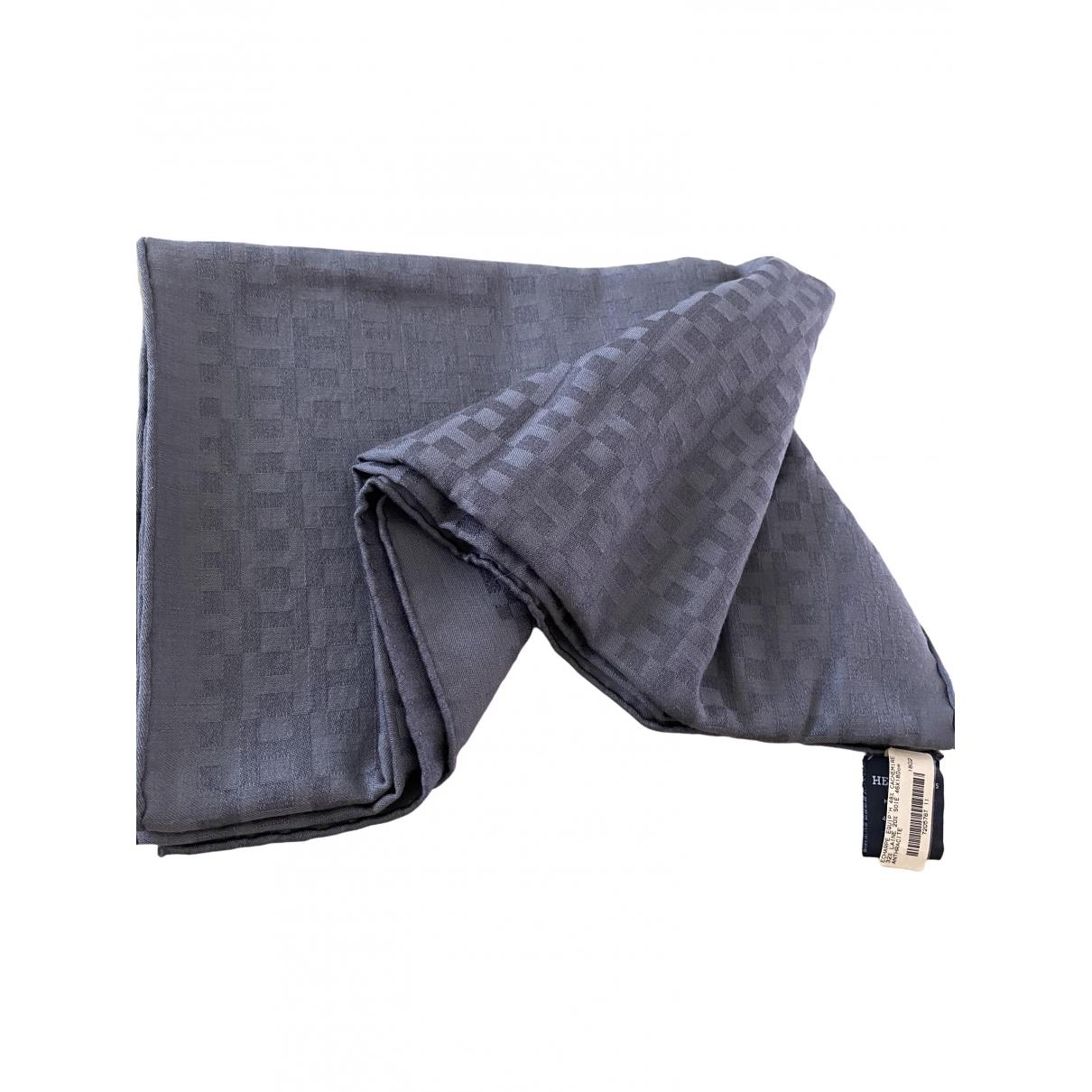 Hermès \N Grey Cashmere scarf for Women \N