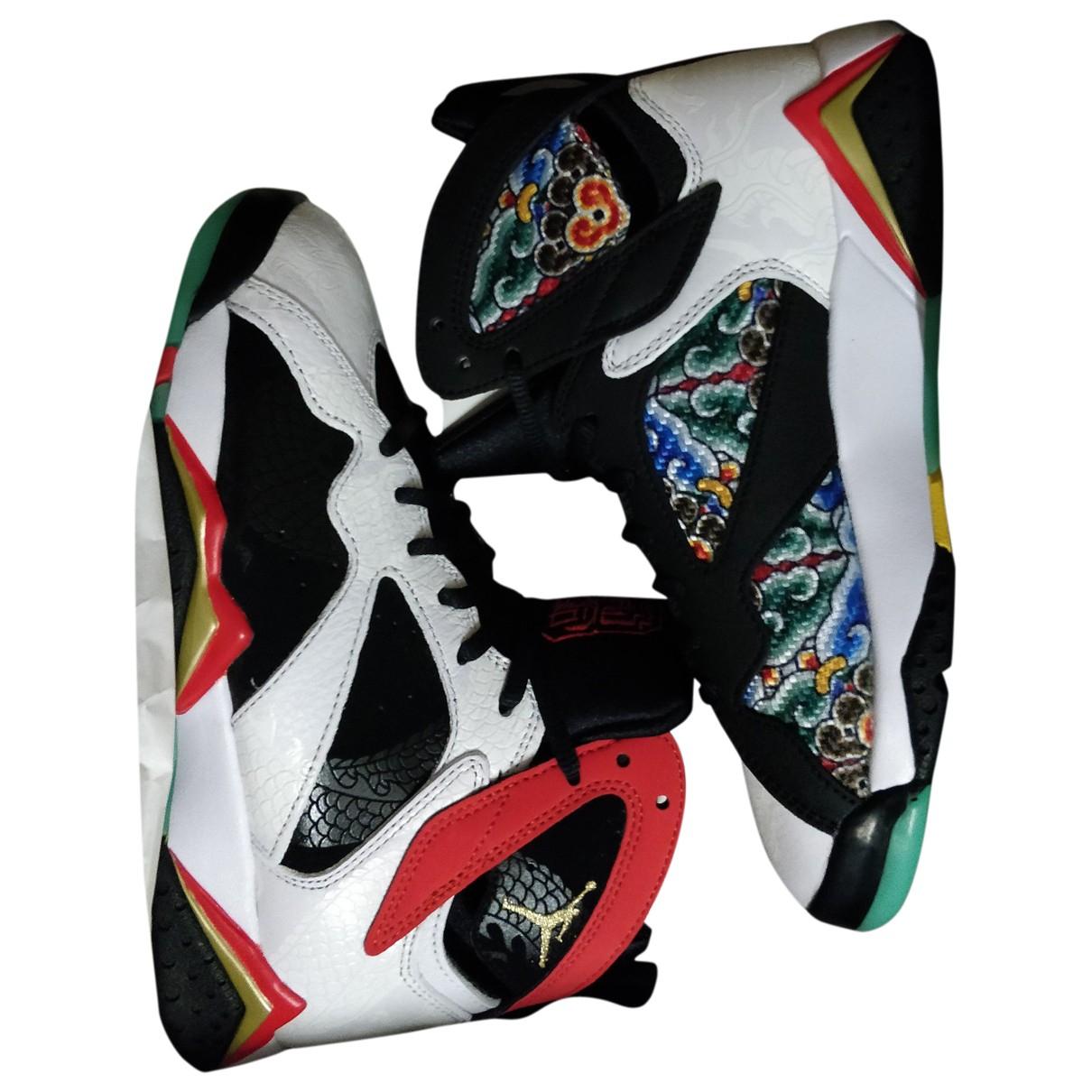 Jordan Air Jordan 7 Sneakers in  Bunt Kunststoff