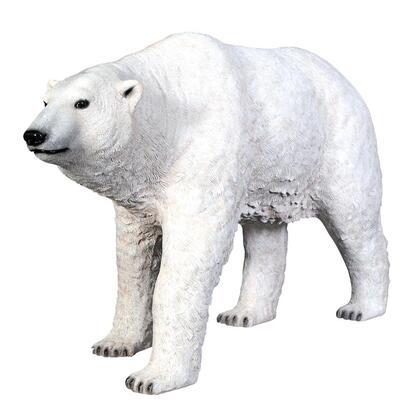 NE110009 Polar Bear On The Prowl