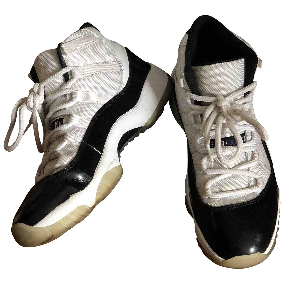 Jordan - Baskets Air Jordan 11 pour homme en cuir - blanc
