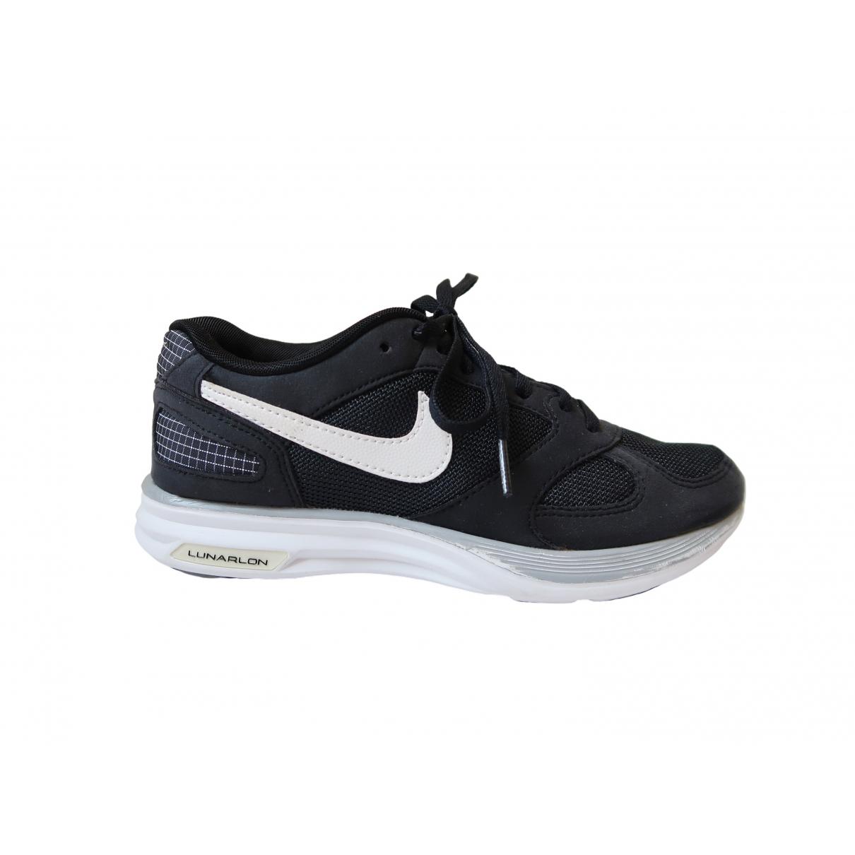 Nike \N Black Cloth Trainers for Women 35.5 EU