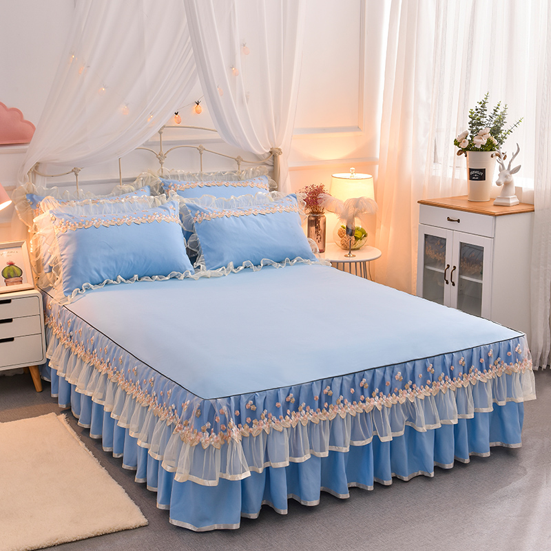 Skidproof Princess Lace Trimmed Comfortable Polyester 4-piece Bed Skirt Sets