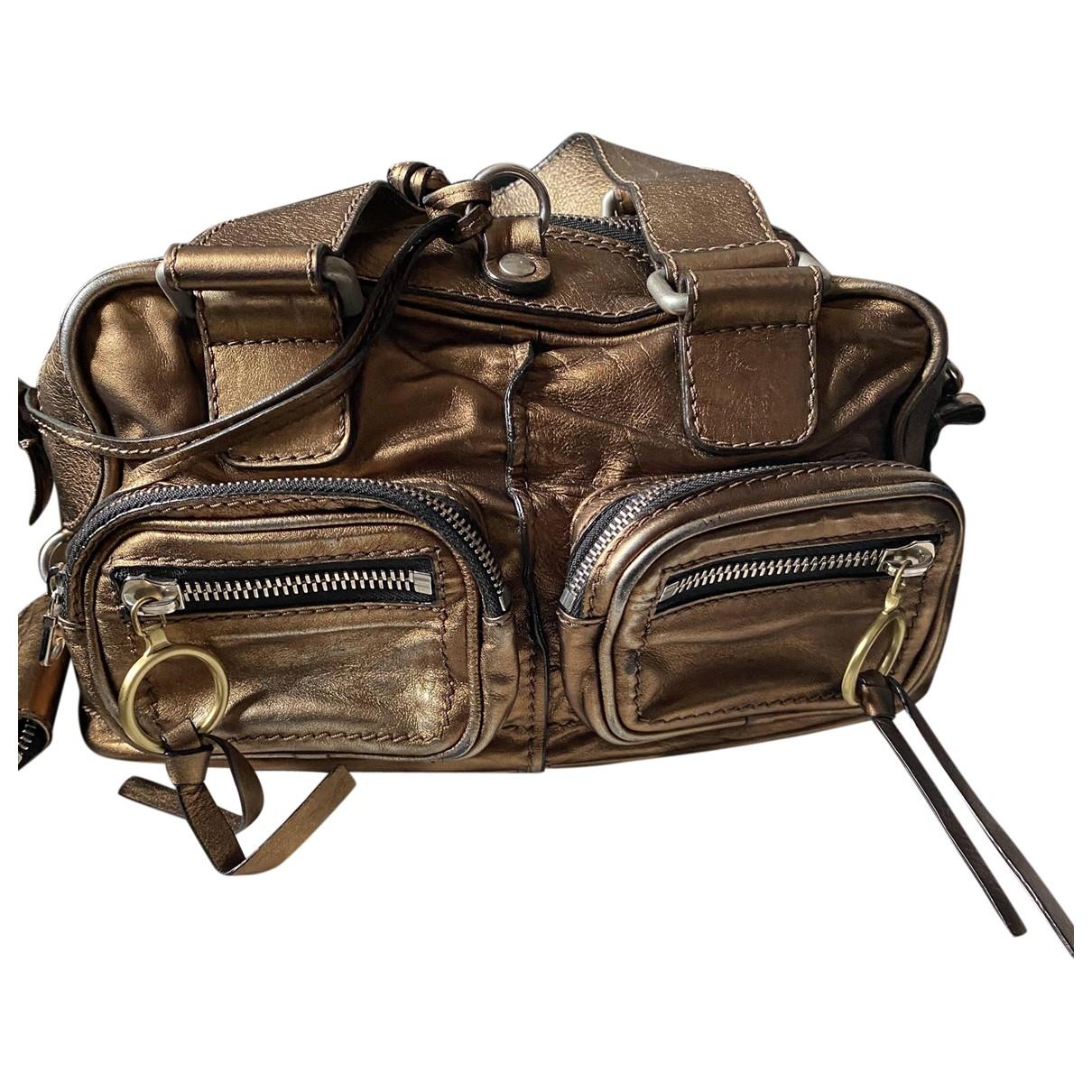 Chloé \N Gold Leather handbag for Women \N