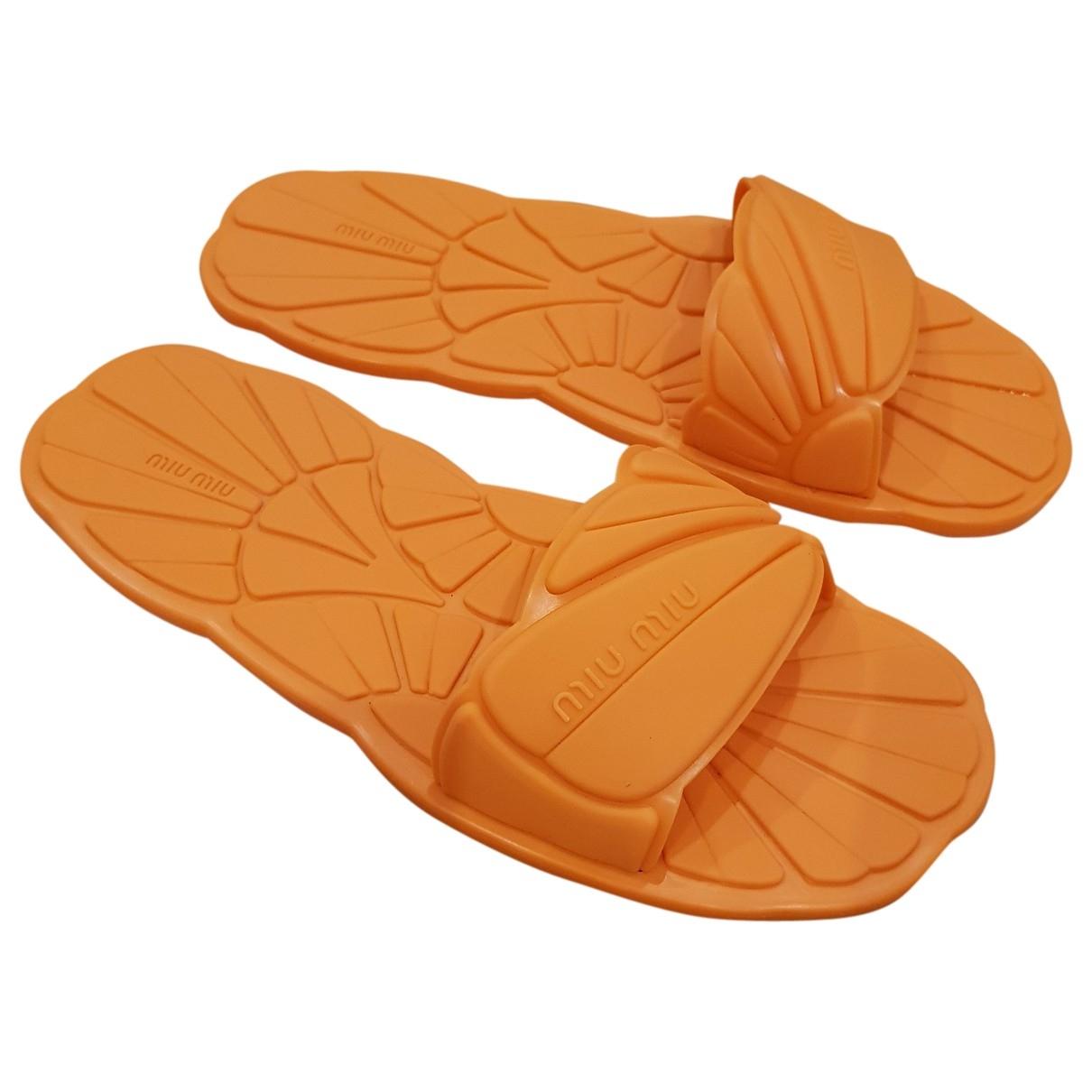 Miu Miu - Sandales   pour femme en caoutchouc - orange