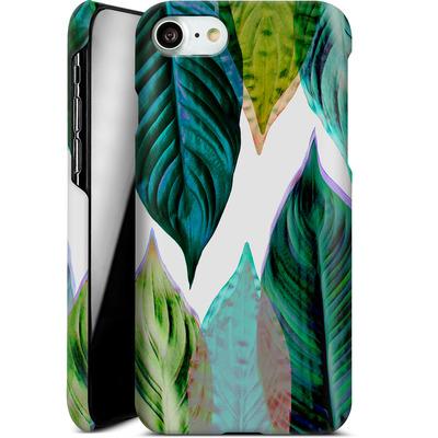 Apple iPhone 7 Smartphone Huelle - Green Leaves von Mareike Bohmer