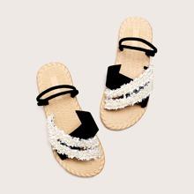 Sandalen mit Kunstperlen Dekor
