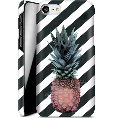Apple iPhone 7 Smartphone Huelle - Pink Pineapple von Victoria Topping