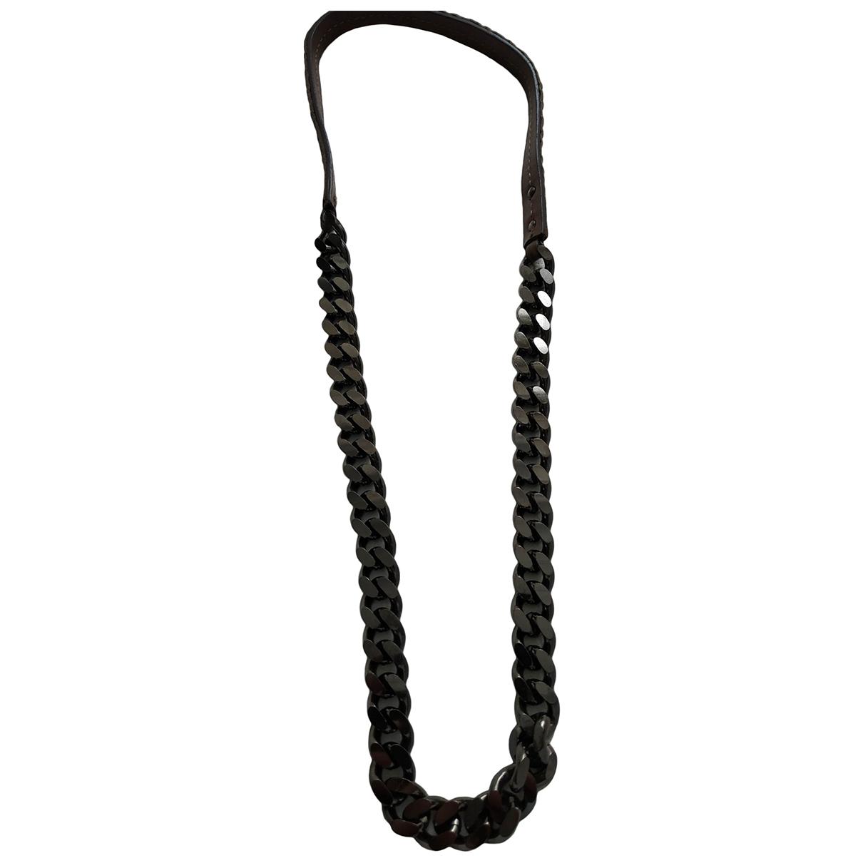 Collar Burberry