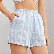 Shorts de cuadros de cintura con volante