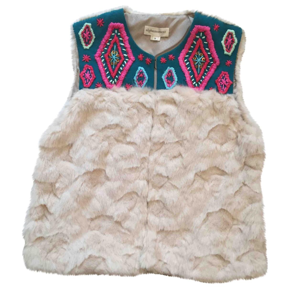 Non Signé / Unsigned \N Beige Faux fur jacket for Women 36 IT