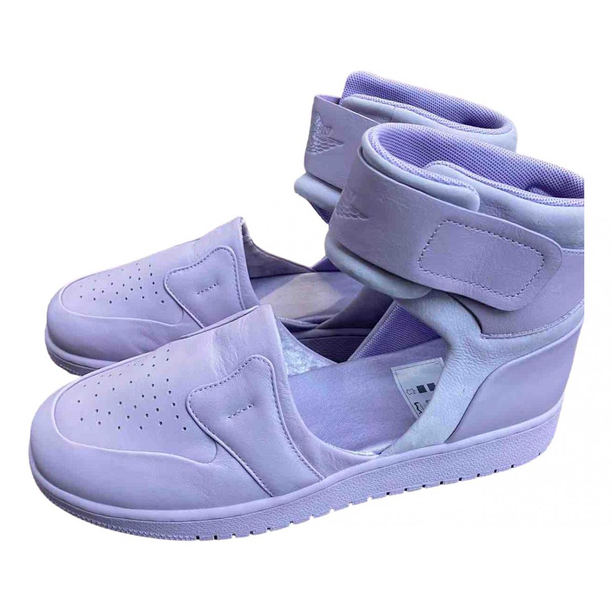 Jordan \N Sneakers in  Lila Leder