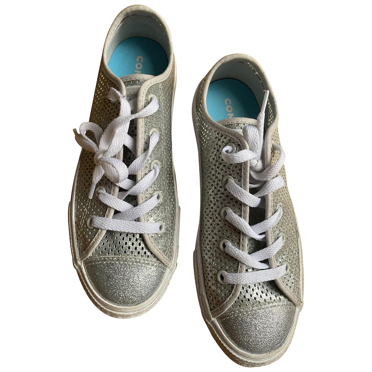 Converse \N Sneakers in  Silber Kautschuk