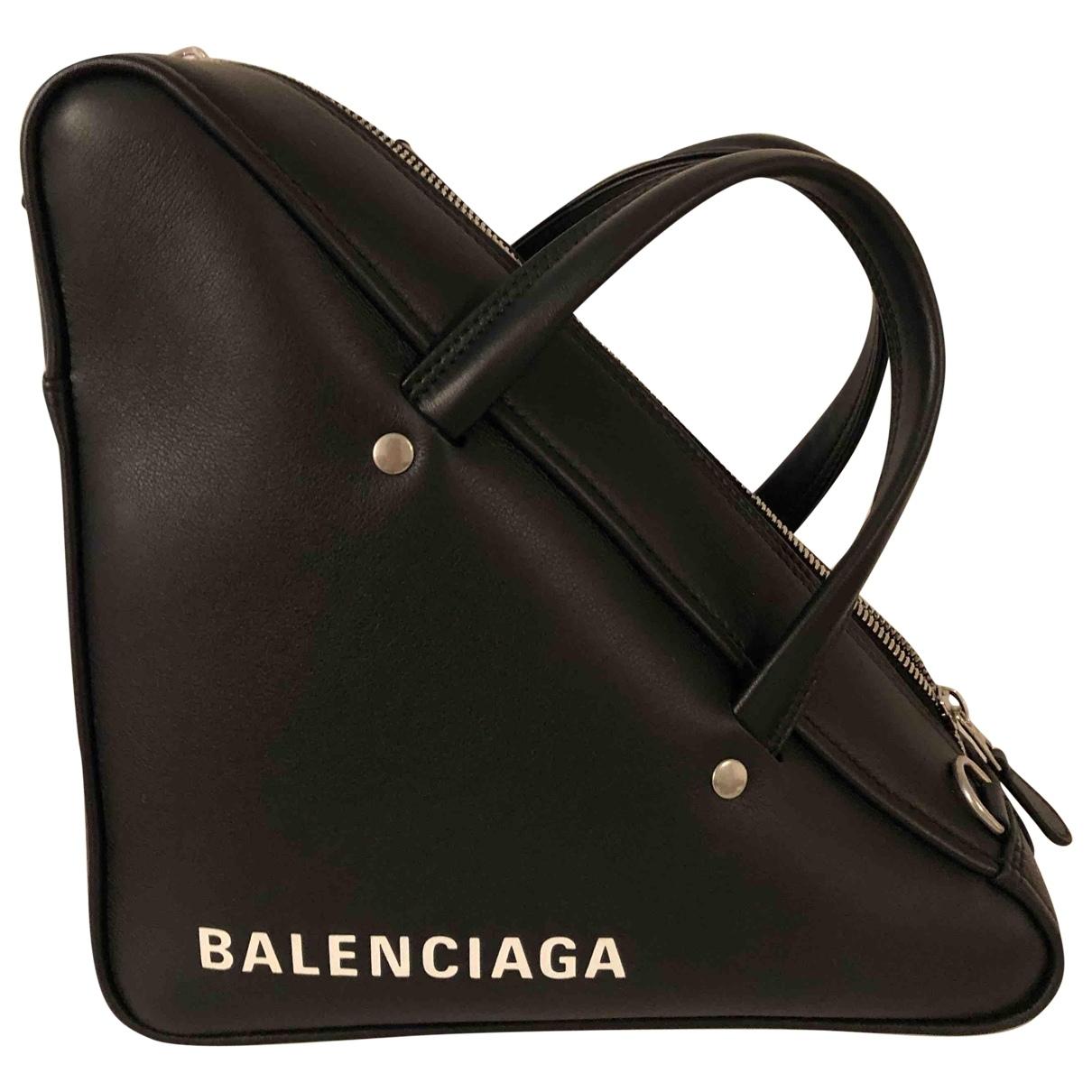 Balenciaga Triangle Black Leather handbag for Women \N