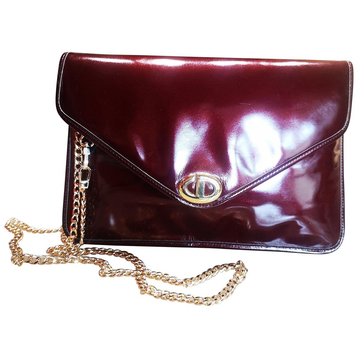 Christian Dior \N Handtasche in  Bordeauxrot Lackleder