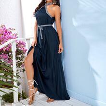 Kleid mit Schlitz, Guertel, Kontrast, Streifen und Neckholder