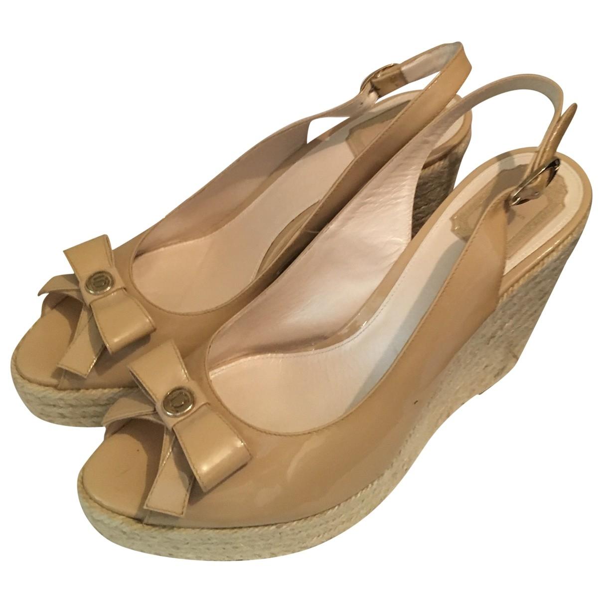 Dior - Sandales   pour femme en cuir verni - beige