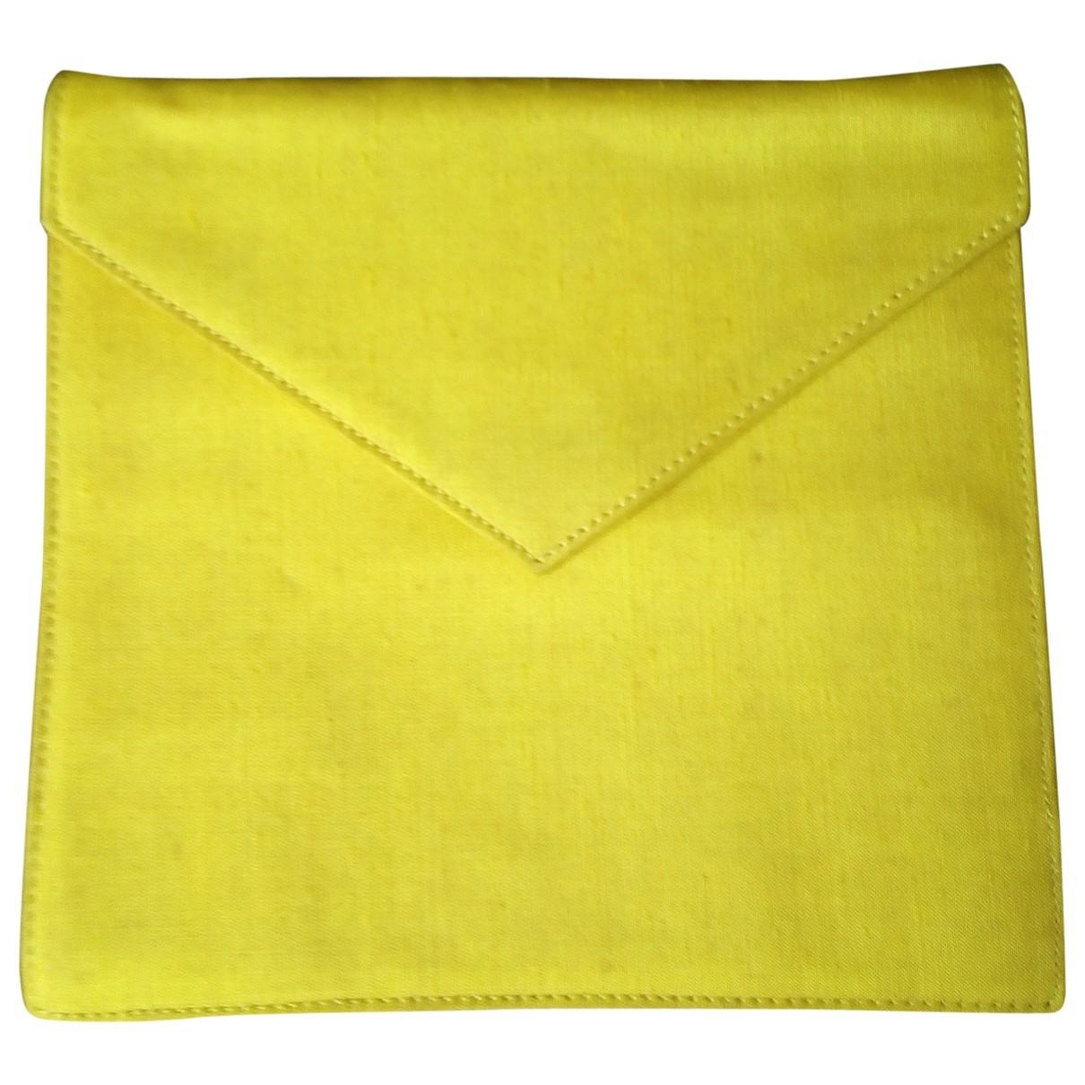 Gianni Versace \N Clutch in  Gelb Seide