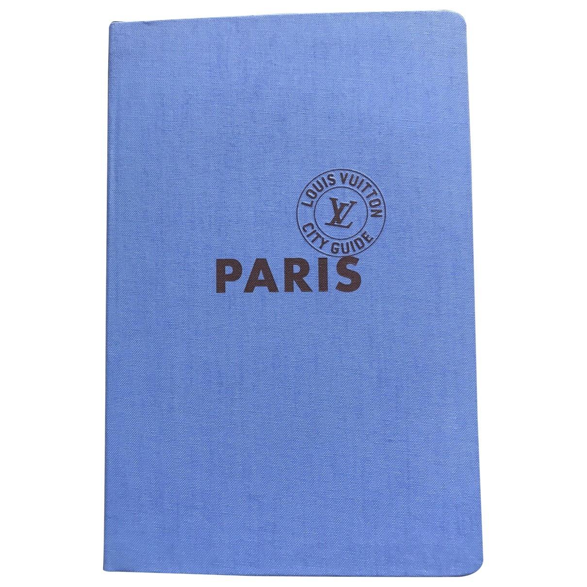 Louis Vuitton - Voyages City Guide pour lifestyle en autre - bleu