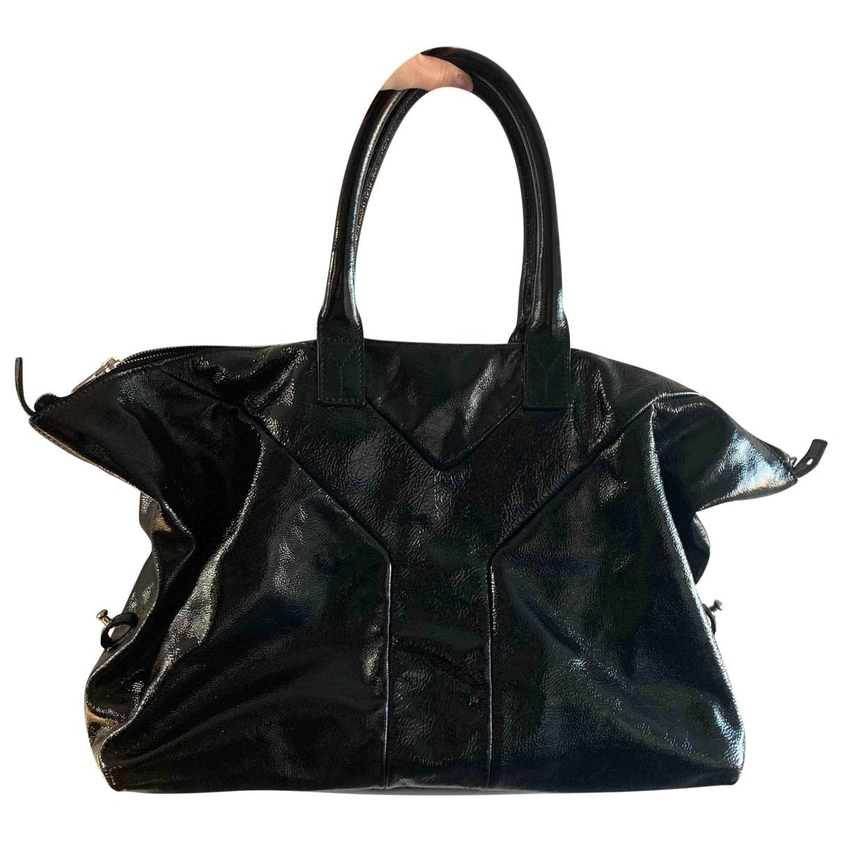 Yves Saint Laurent Easy Handtasche in  Schwarz Lackleder