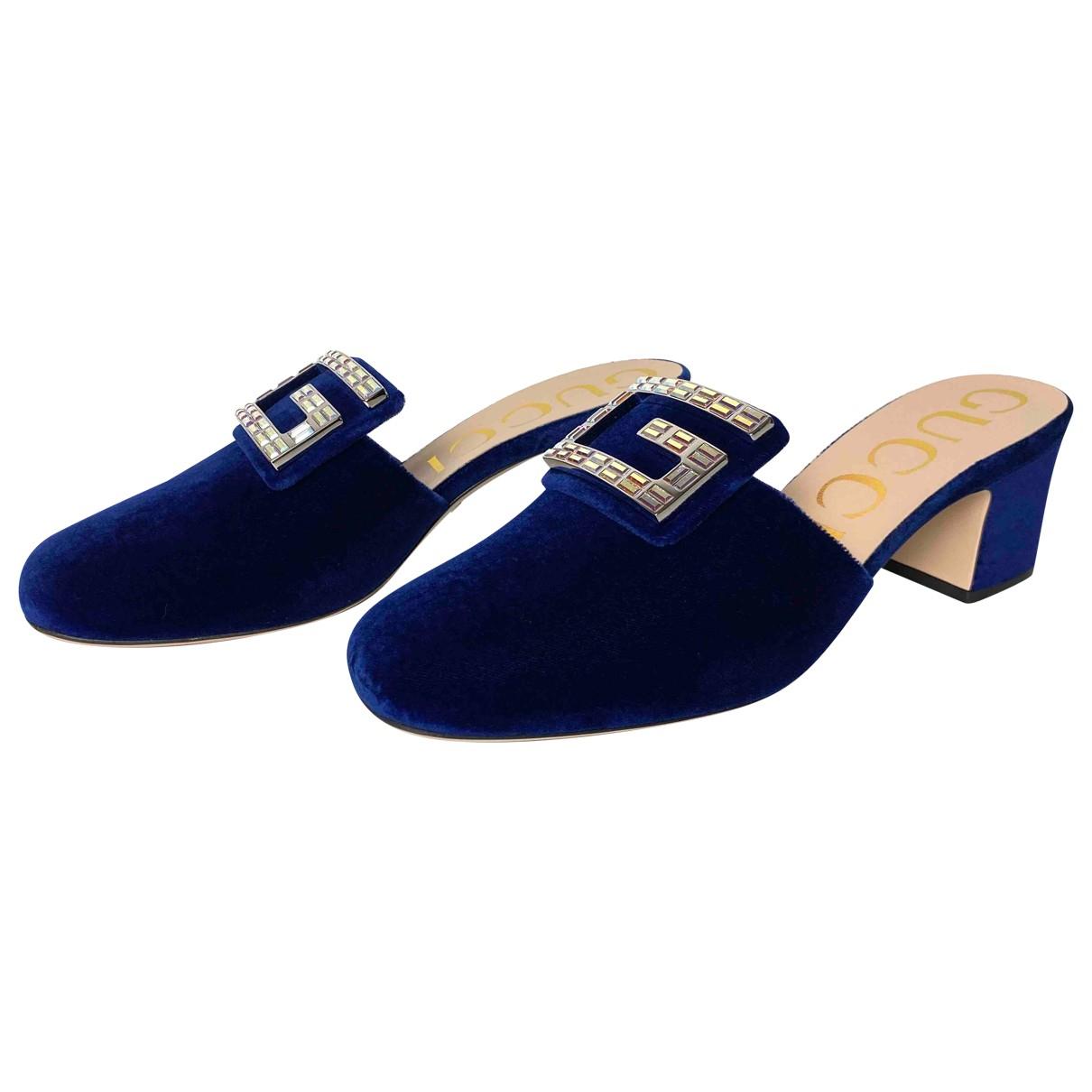 Gucci \N Sandalen in  Blau Samt
