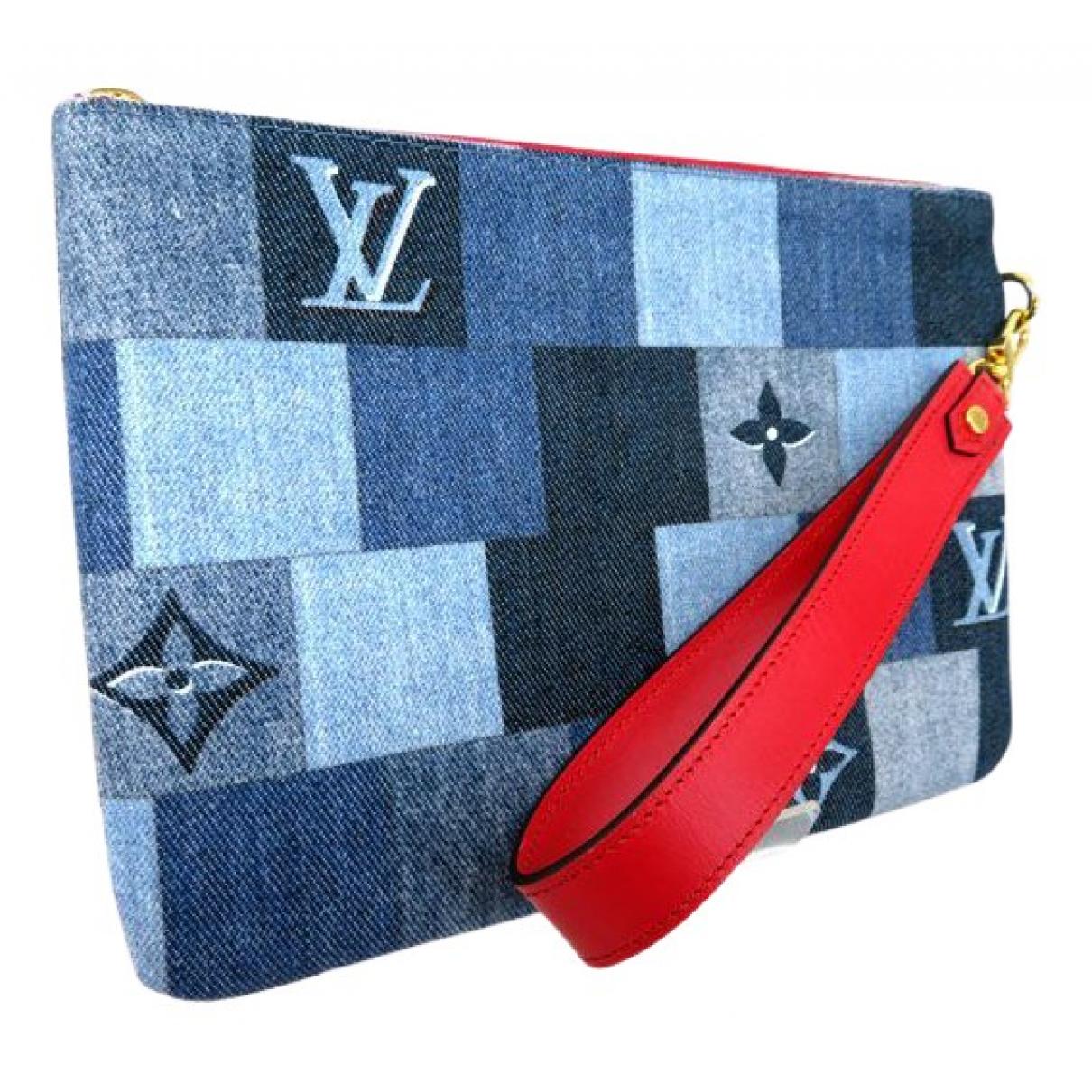Louis Vuitton \N Clutch in  Blau Denim - Jeans