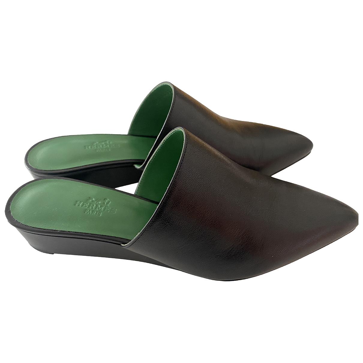 Hermes - Sandales Toscane pour femme en cuir - noir