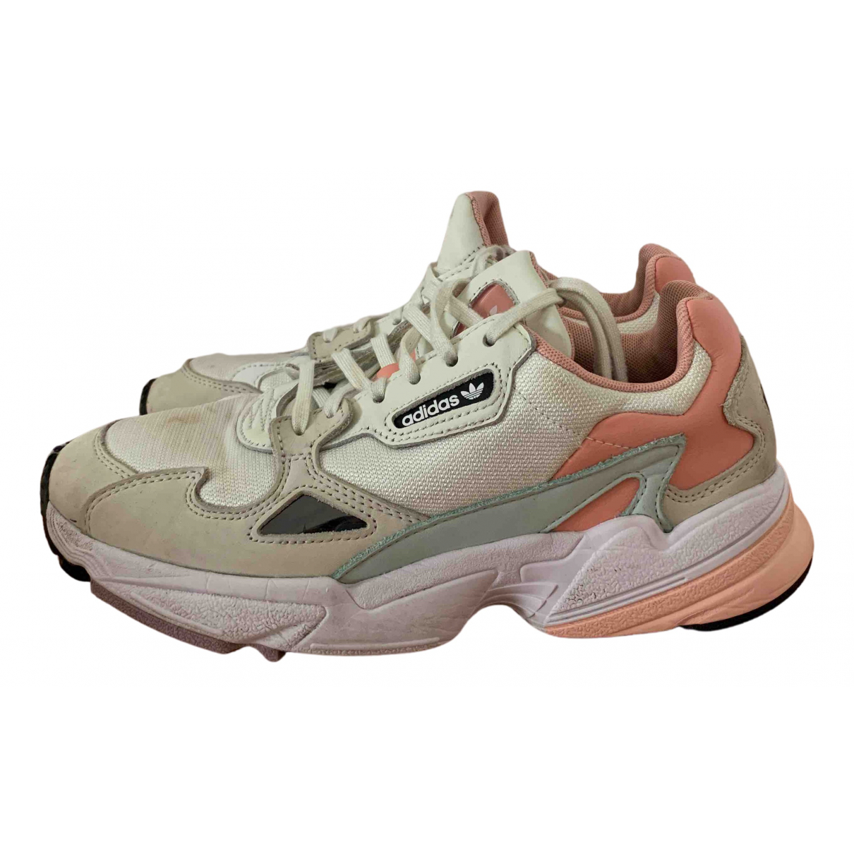 Adidas Falcon Sneakers in  Weiss Leinen