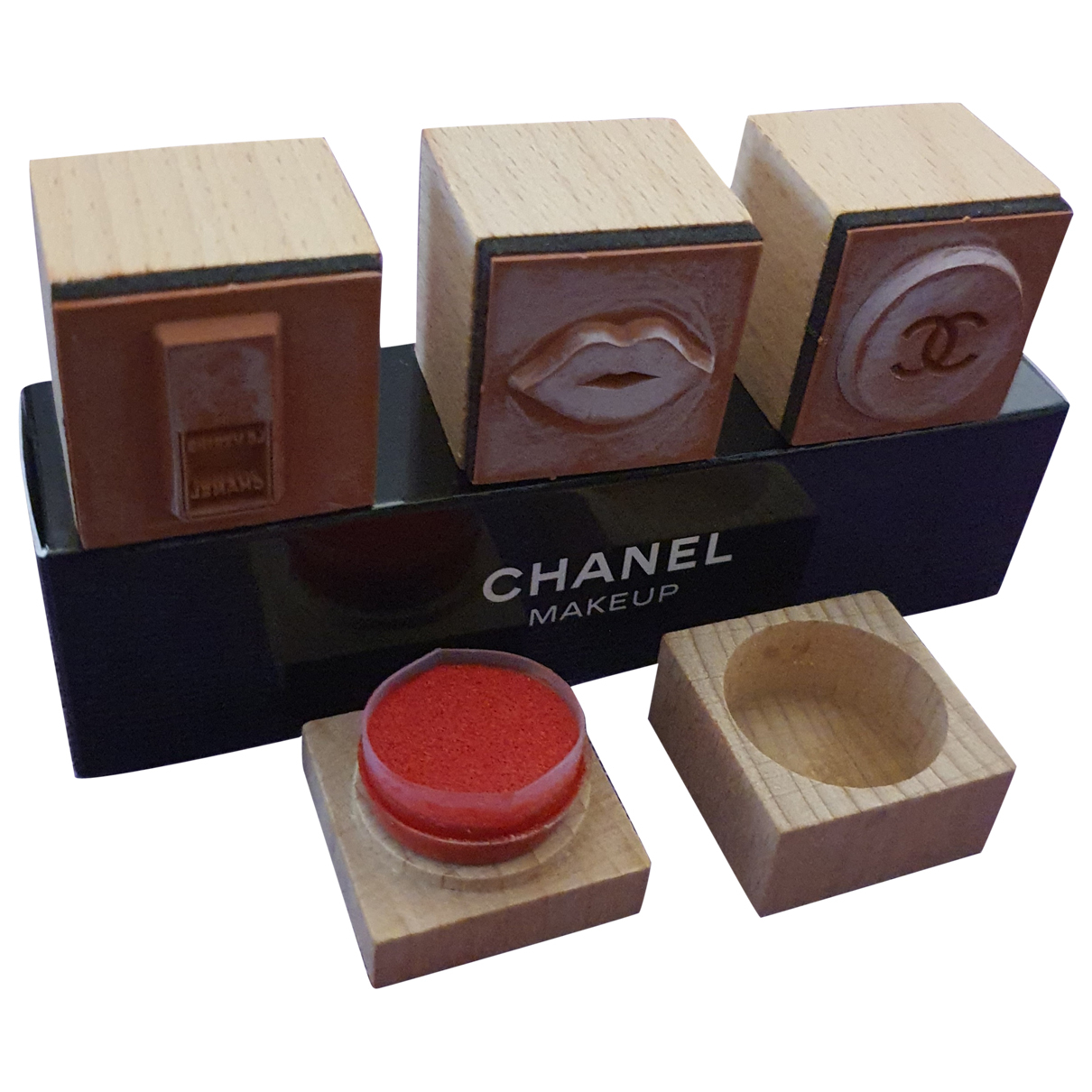 Objeto de decoracion Chanel