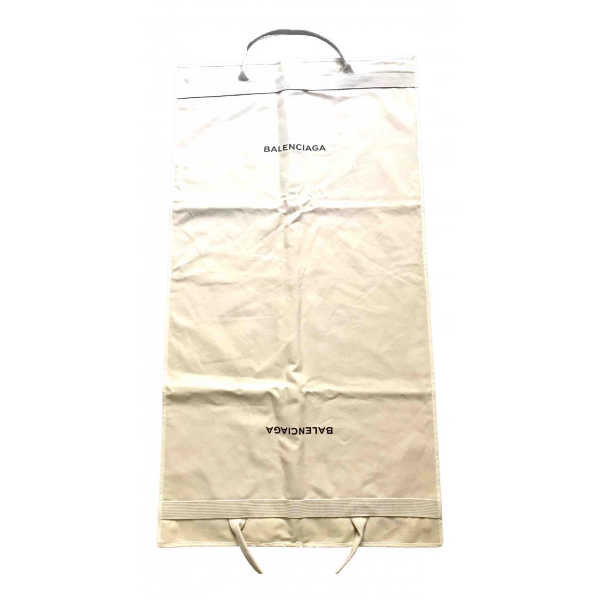 Balenciaga \N Taschen in  Ecru Baumwolle