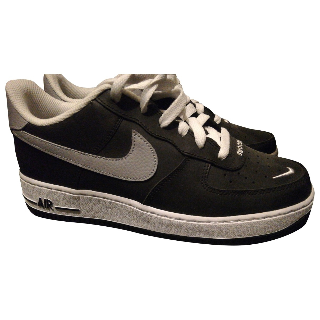 Nike Air Force 1 Black Leather Trainers for Kids 38 EU