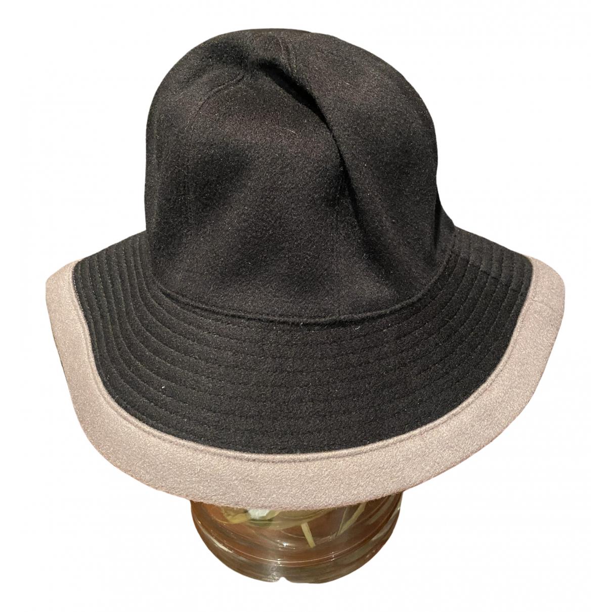 Hermès \N Black Cashmere hat for Women 55 cm