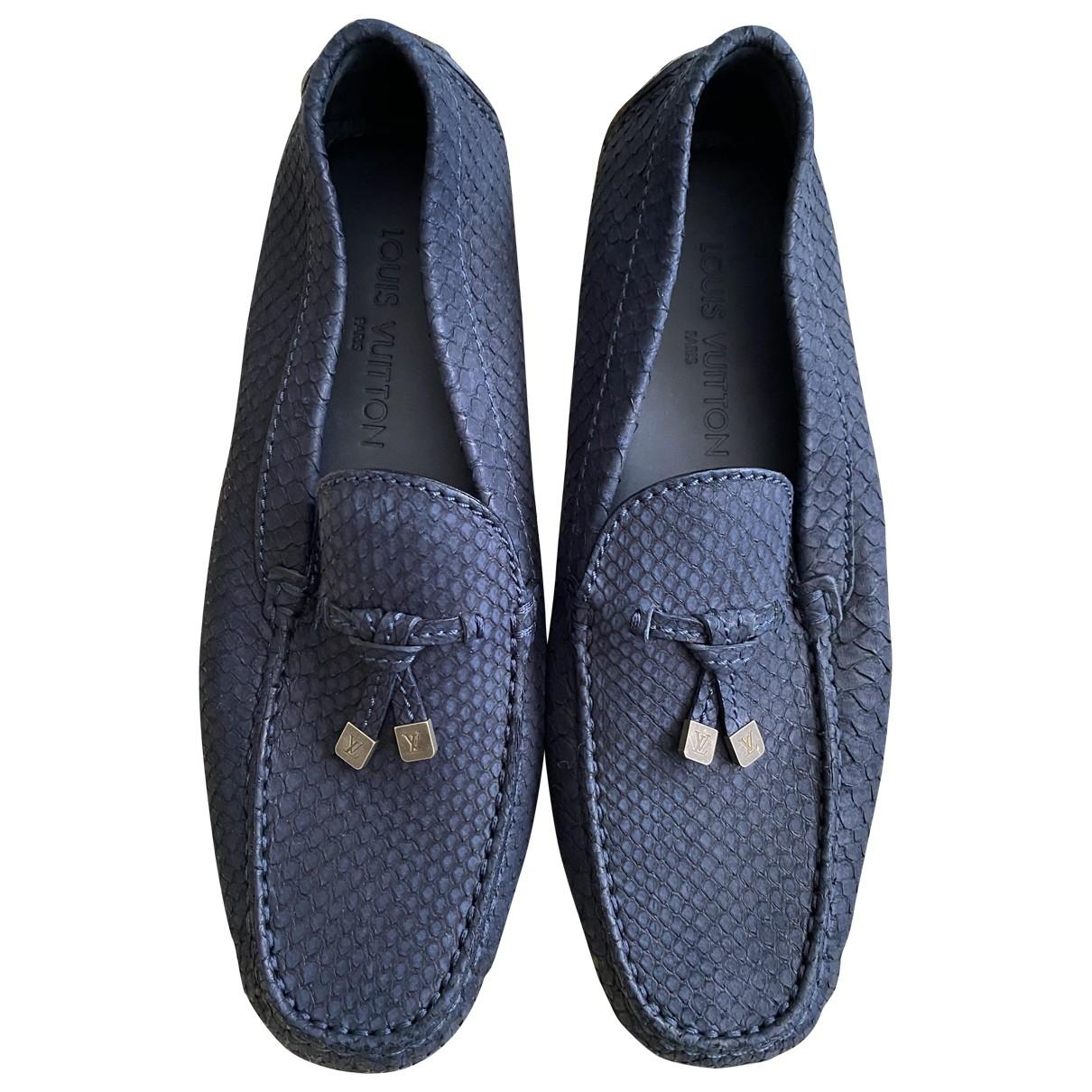 Louis Vuitton \N Mokassins in  Blau Python