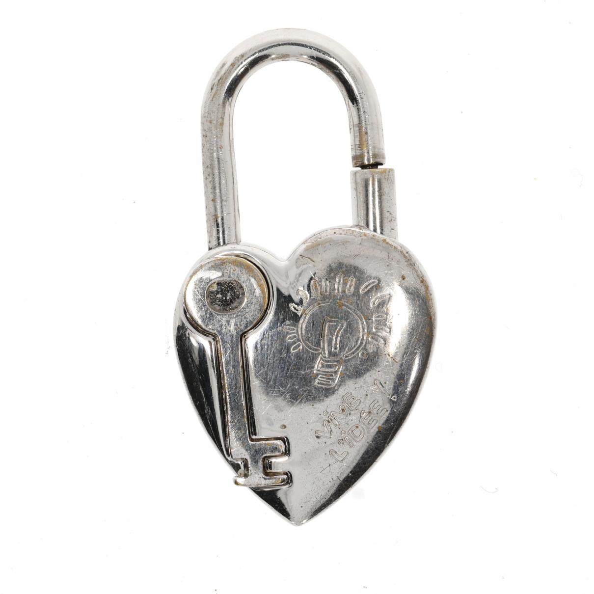 Hermes Cadenas Taschenschmuck in  Silber Metall