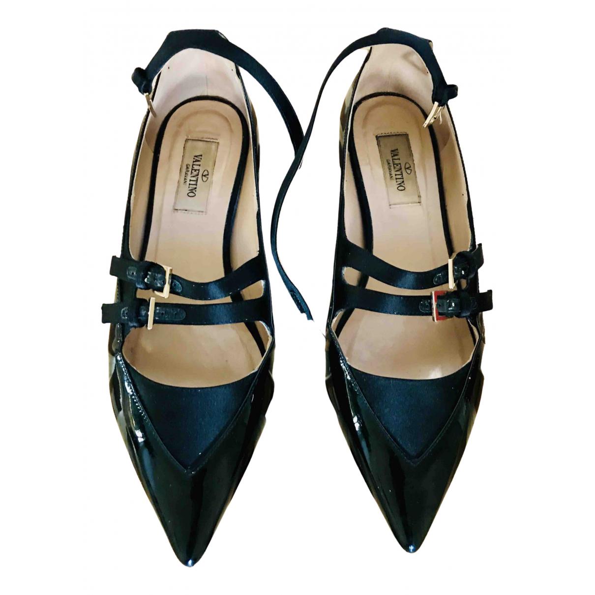 Valentino Garavani - Ballerines   pour femme en cuir verni - noir