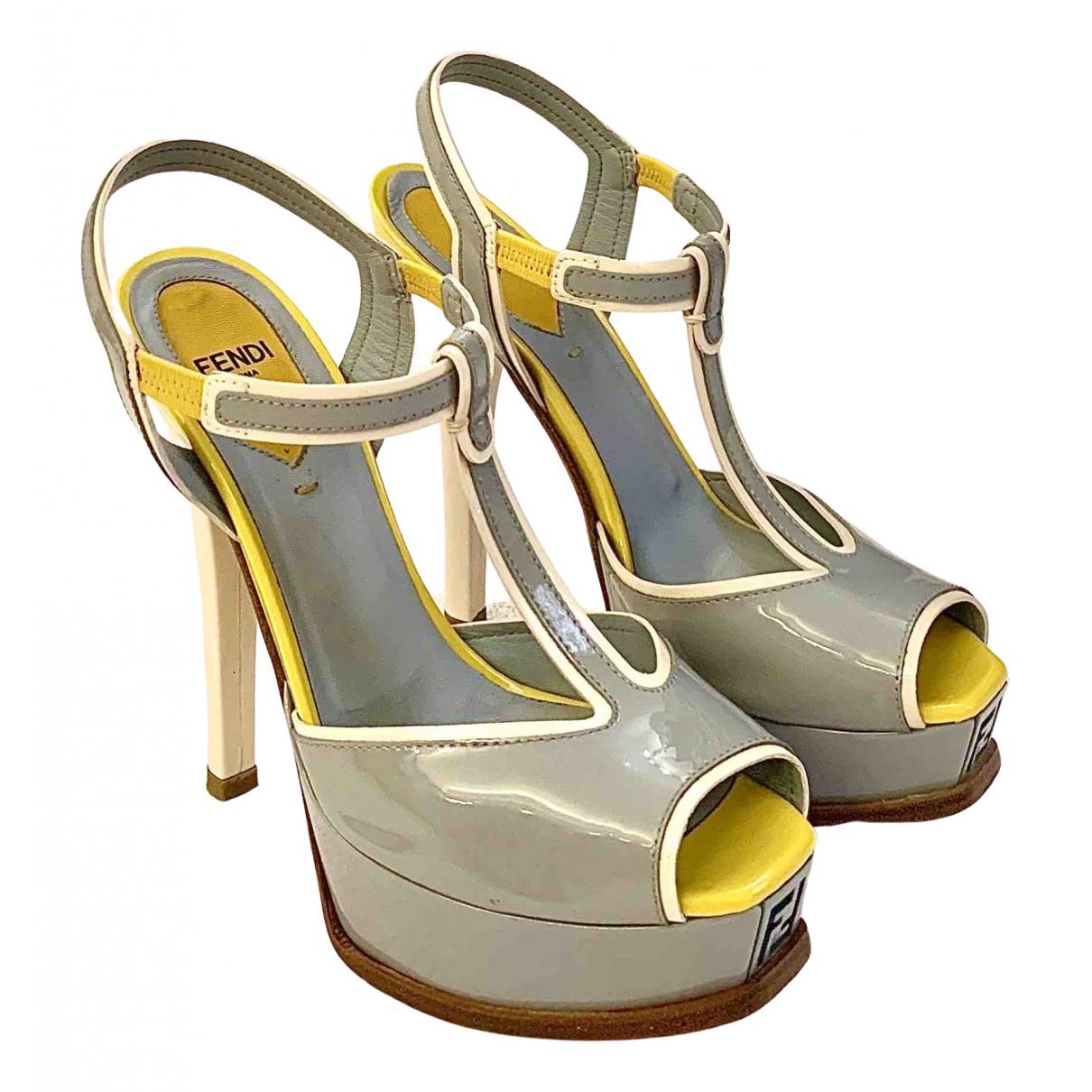 Fendi - Sandales   pour femme en cuir verni - multicolore