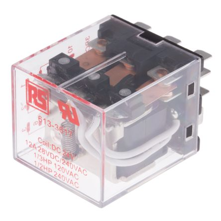 RS PRO , 24V dc Coil Non-Latching Relay 3PDT, 12A Switching Current Plug In, 3 Pole